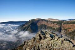 Paisagem das montanhas de Karkonosze da montanha de Sniezka imagens de stock royalty free