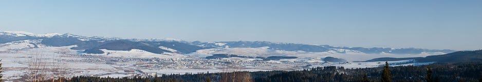 Paisagem das montanhas do inverno Fotos de Stock