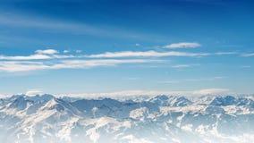 Paisagem das montanhas dos cumes Fotografia de Stock Royalty Free