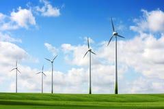 Paisagem das turbinas de vento Fotos de Stock Royalty Free