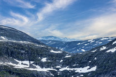 Paisagem de Dalsnibba da montanha da neve, fiorde de Geiranger, Noruega Imagens de Stock Royalty Free