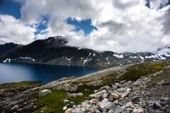 Paisagem de Dalsnibba da montanha em Geiranger, Noruega Fotografia de Stock Royalty Free
