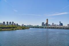 Paisagem de Han River em Seoul Fotos de Stock Royalty Free