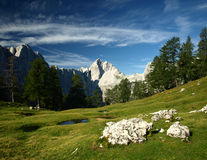 Paisagem de Julian Alps, Eslovênia. Vista em Jalovec foto de stock
