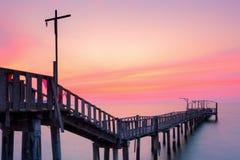 Paisagem de ponte arborizada Fotos de Stock Royalty Free