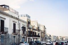 Paisagem de Sicília, vista de construções velhas na ilha de Ortygia Ortigia, Siracusa, Sicília, Itália fotos de stock