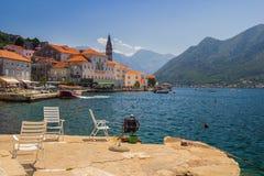 Paisagem de Sunny Mediterranean Montenegro, baía de Kotor fotografia de stock