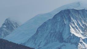 Paisagem de surpresa nas geleiras de Mont Blanc no lado francês filme