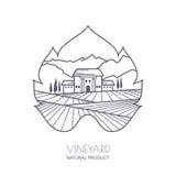 A paisagem de Toscânia com vinhedo coloca, casa de campo, montanhas Imagens de Stock Royalty Free