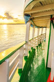 Paisagem de um passeio tradicional e clássico do barco em Rio Madeira Imagens de Stock