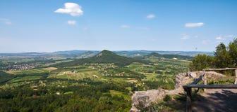 Paisagem de uma área vulcânica velha em Hungria Imagens de Stock
