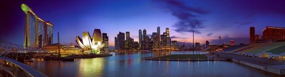 Paisagem do crepúsculo de Singapore Foto de Stock Royalty Free