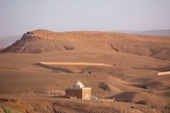 Paisagem do deserto em torno do Kasbah Ait Benhaddou Imagem de Stock Royalty Free