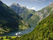 Paisagem do fjord de Geiranger imagens de stock