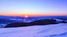Paisagem do inverno da montanha video estoque
