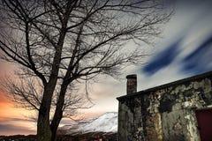 Paisagem do inverno da noite imagens de stock royalty free
