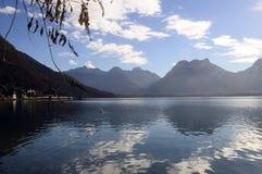 Paisagem do lago Annecy em França Fotos de Stock Royalty Free
