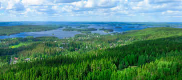 Paisagem do lago Kallavesi e Kuopio Foto de Stock