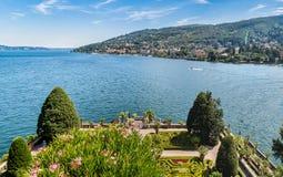 Paisagem do lago Maggiore da ilha Bella de Borromean, Itália Imagens de Stock Royalty Free