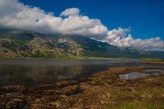 Paisagem do lago mountain Fotos de Stock