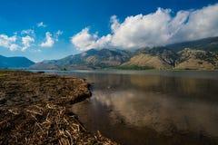 Paisagem do lago mountain Foto de Stock Royalty Free