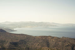 Paisagem do mar e das montanhas Imagens de Stock