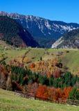 Paisagem do outono da montanha foto de stock