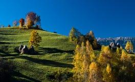 Paisagem do outono em Romania foto de stock