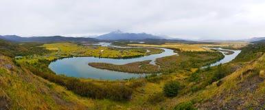 Paisagem do outono do Patagonia, parque nacional de Torres del Paine, o Chile imagens de stock