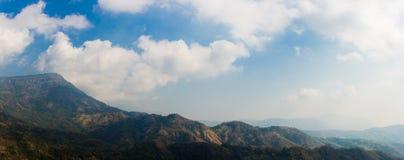 Paisagem do panorama da montanha Foto de Stock Royalty Free