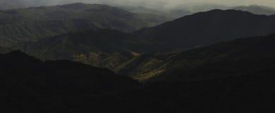 Paisagem do panorama da montanha em Nan, Tailândia Fotos de Stock