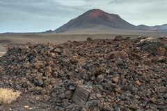 Paisagem do parque nacional de Timanfaya das montanhas vulcânicas, Lanzarote, Ilhas Canárias Fotografia de Stock