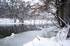 Paisagem do rio no inverno Imagem de Stock Royalty Free