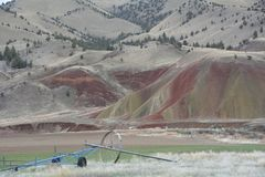 A paisagem do ` s de Oregon pintou o ` Nat l imagem 2 dos montes do monumento Imagens de Stock