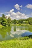 Paisagem do verão com nuvens Imagens de Stock
