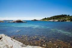 Paisagem do verão de Serene Scandinavian fotos de stock