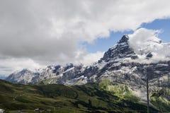 Paisagem dos cumes das montanhas fotos de stock royalty free