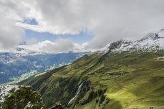 Paisagem dos cumes das montanhas imagens de stock