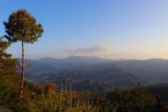 Paisagem dos Himalayas fotografia de stock royalty free