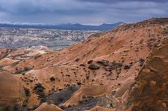 Paisagem dramática do vale vermelho em Cappadocia, Turquia Imagem de Stock