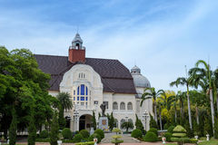 Paisagem e arquitetura bonitas de Phra Ram Ratchaniwet Palace fotografia de stock royalty free
