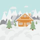 Paisagem e chalé do esqui nas montanhas com neve e árvores Fotos de Stock Royalty Free