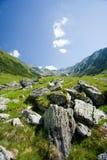 Paisagem em montanhas de Fagaras, Romania imagens de stock royalty free