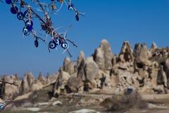 Paisagem ensolarada de montanhas de Cappadocia Fotografia de Stock