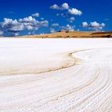 Paisagem ensolarada do lago salt Imagem de Stock
