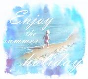 Paisagem ensolarada do verão com criança feliz que exulta na praia Imagem de Stock