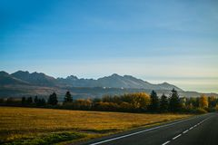 Paisagem eslovaca do outono da natureza com floresta colorida Fotografia de Stock Royalty Free