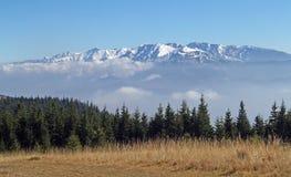Paisagem espectacular da montanha fotografia de stock