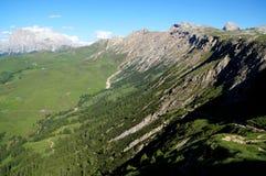Paisagem fantástica da montanha da dolomite e grande vista ao sassolungo distintivo Foto de Stock