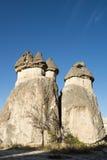 Paisagem feericamente da chaminé de Cappadocia, curso Turquia fotografia de stock